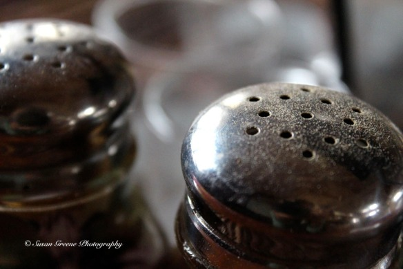salt and pepper shaker macro