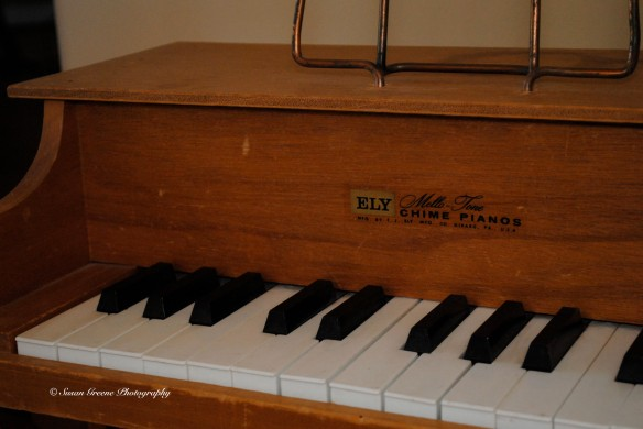 diffused flash kid piano