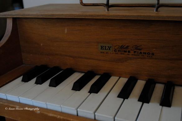 no flash kid piano 1