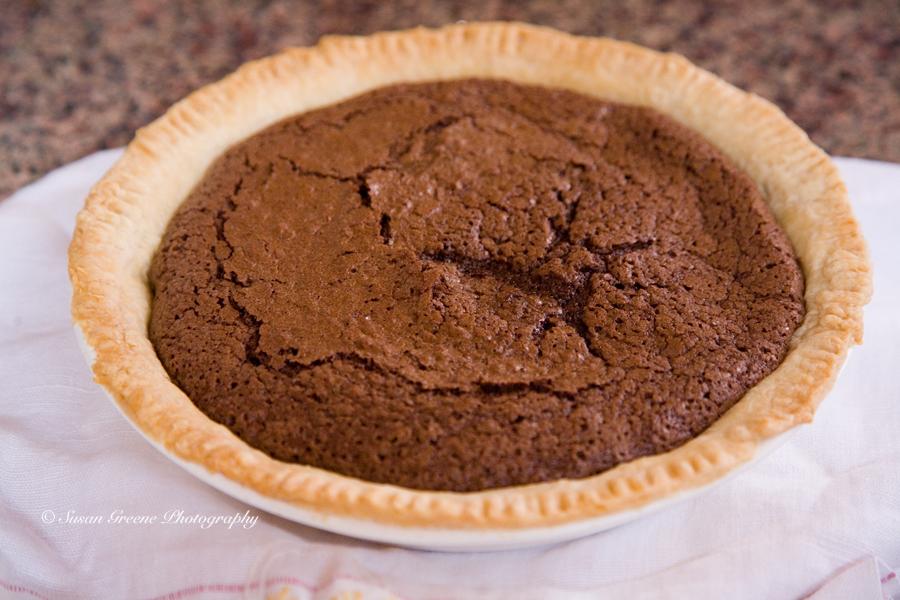 The Weekend Dish – Hot Fudge Pie